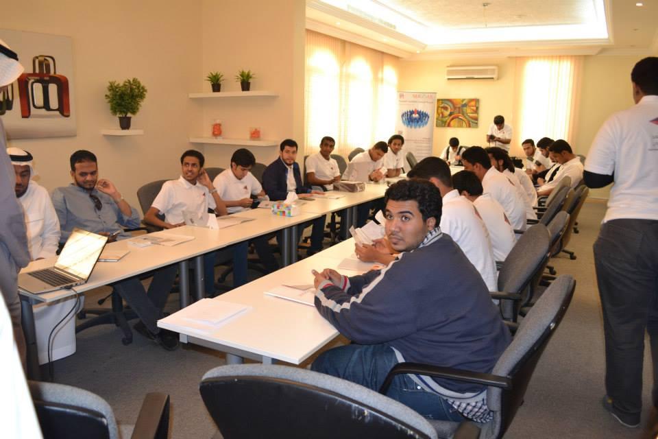 إعلاميو المستقبل من جامعة طيبة يزورون شركة المسار للإنتاج الإعلامي